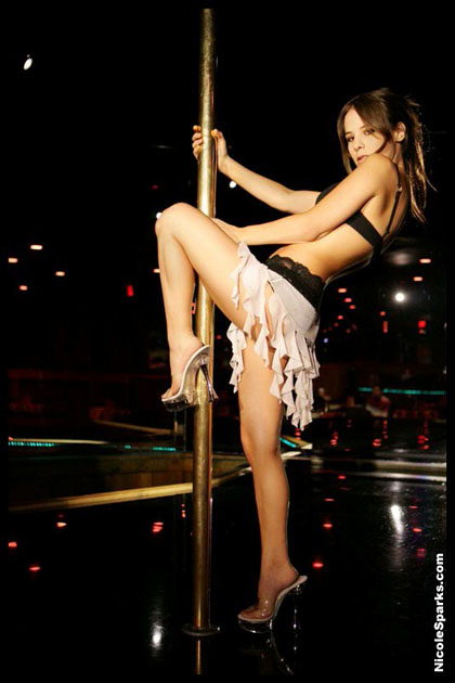 young-sexy-nicole-sparks01.jpg