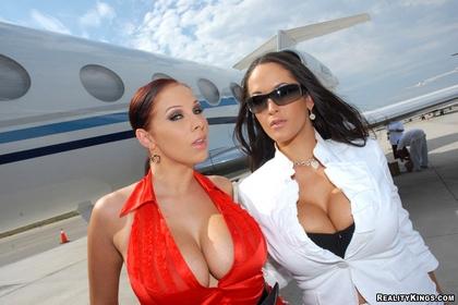 sexy-chicks-short-skirts-sexy-private-jet1.jpg
