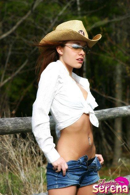 serena cowgirl1