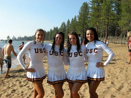 usc-cheerleaders2.jpg
