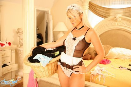 ann-angel-sexy-french-maid2