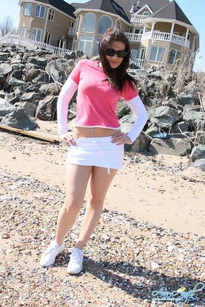 ann-angel-sexy-skirt.jpg