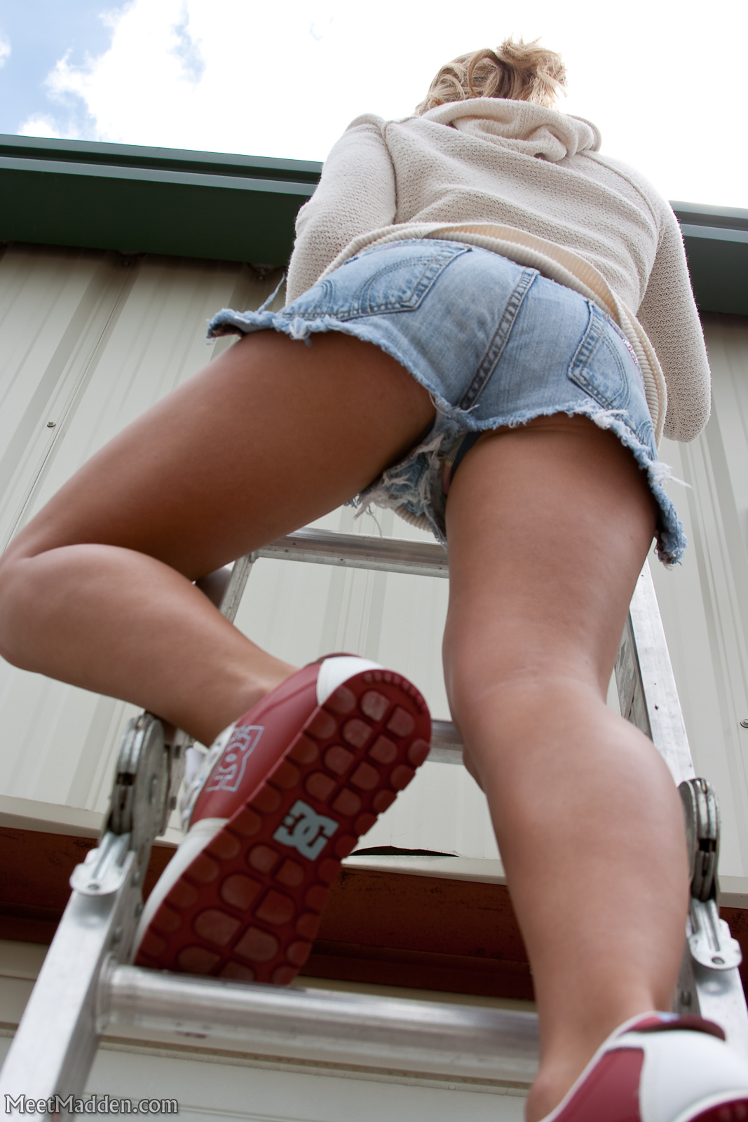Rooftop Teen Babe - The Bunny Ranch Blog