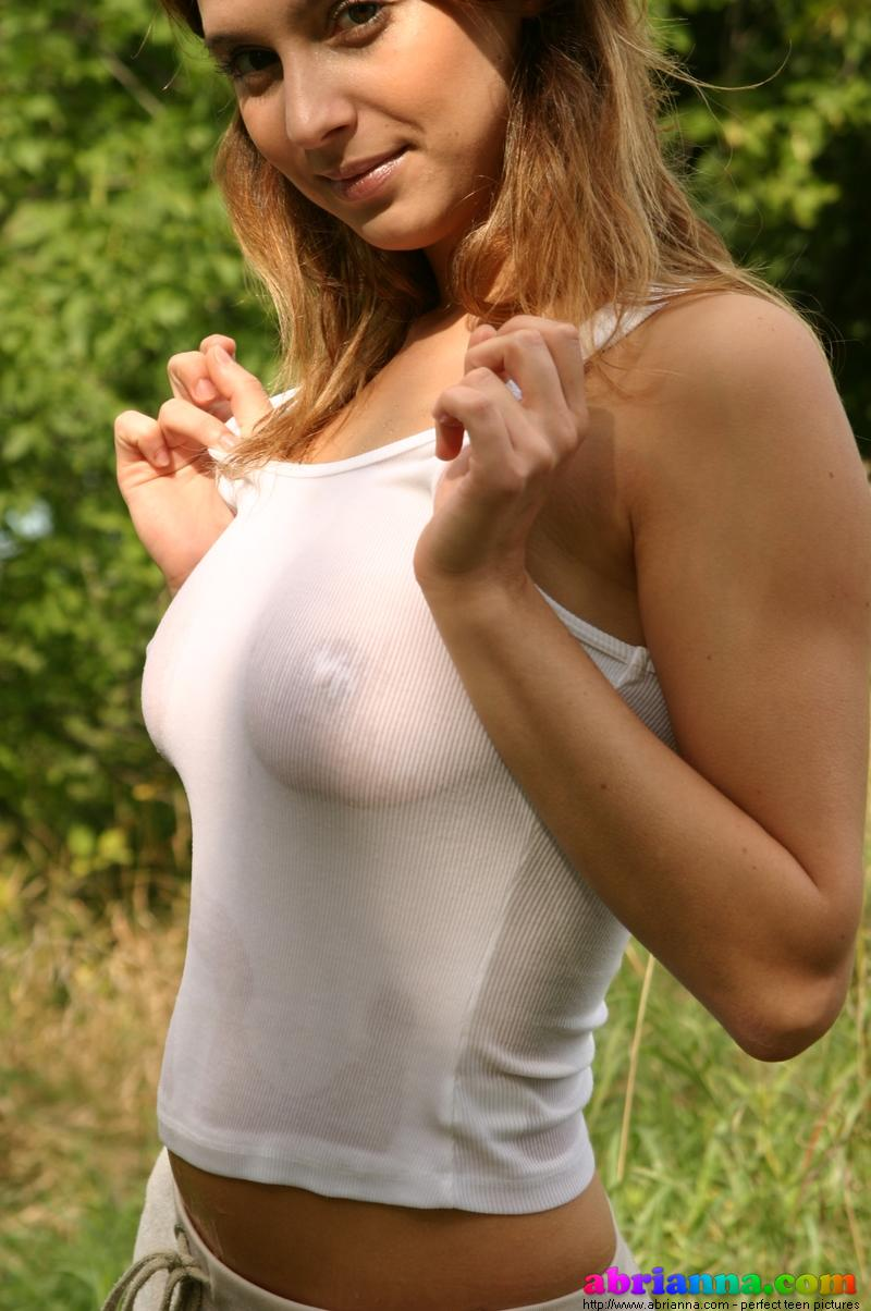 Girls in wet white t shirts