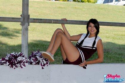 shayla jennings cheerleader1