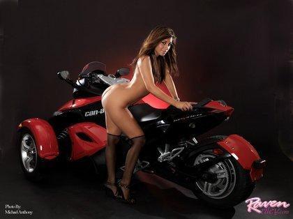 sexy-raven-riley4-2