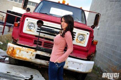bryci_sexy_truck_tight_jeans1.jpg