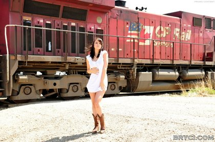 bryci naked outside by moving train1