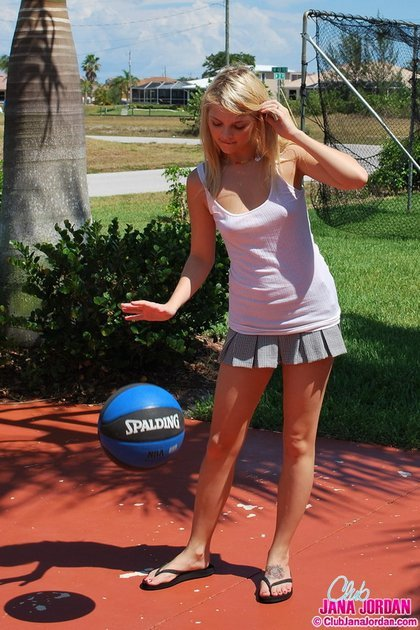 jana-jordan plays basketball short skirt2