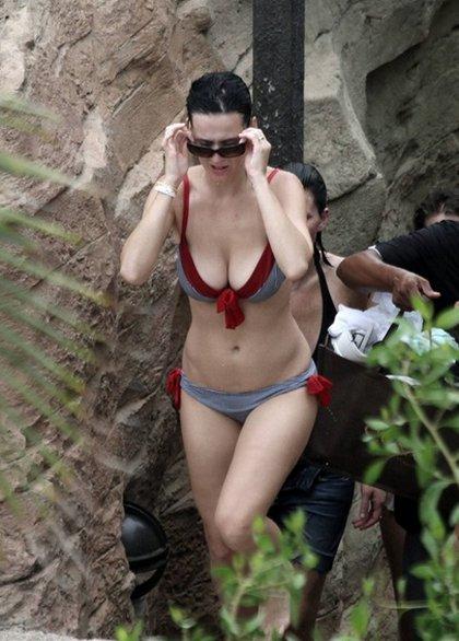 Katy-Perry-bikini