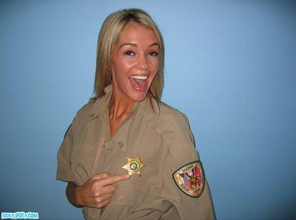foxy jacky police girl boobies1