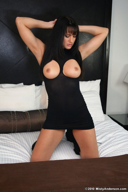 misty_anderson_perfect_boobs.jpg