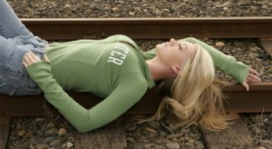allison-angel-train-tracks