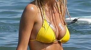 brooklyn_decker_bikini_hawaii
