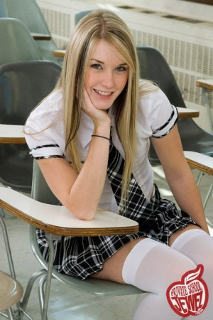 private_school_jewel_schoolgirl_white_stockings16