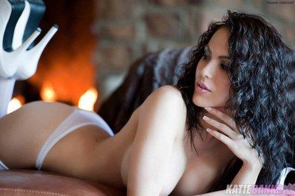 katie_banks_white-stockings-1.jpg