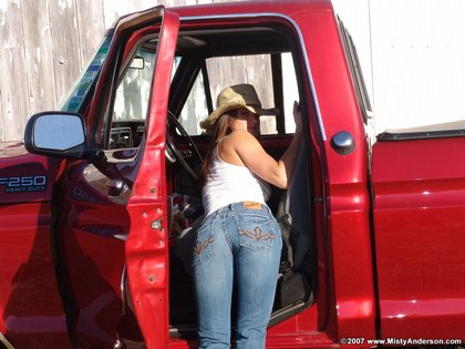 misty_anderson_jeans_tight_ass_cowgirl_pussy_shot_truck13.jpg