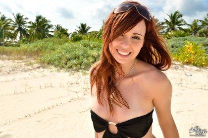 ariel rebel hot bikini fun 5