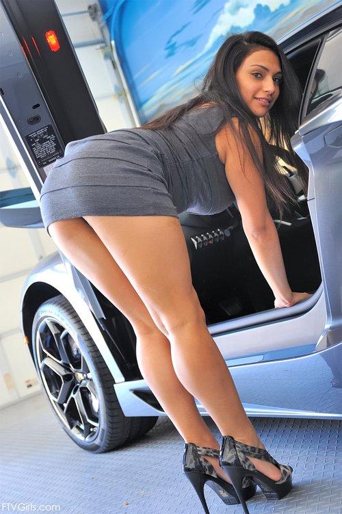 ftv girl lambo sexy tight dress 1