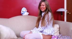 craving-carmen-white-stockings11