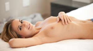 cassidy_cole_naked_on_bed_1-1