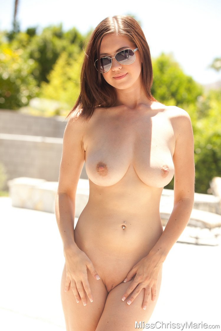 chrissy marie gets naked outside6