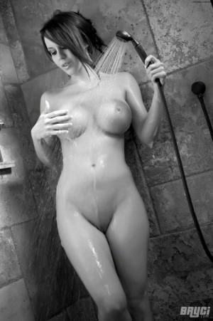 byrci_washing_huge_titties_in_kitchen_2