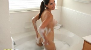 hunter_leigh_sexy_hot_shower_fun