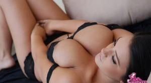 southern_brooke_huge_boobs_ass_6