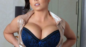 ewa_sonnet_has_huge_boobs_1.jpg