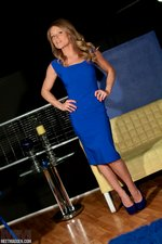 meet madden tight blue dress2