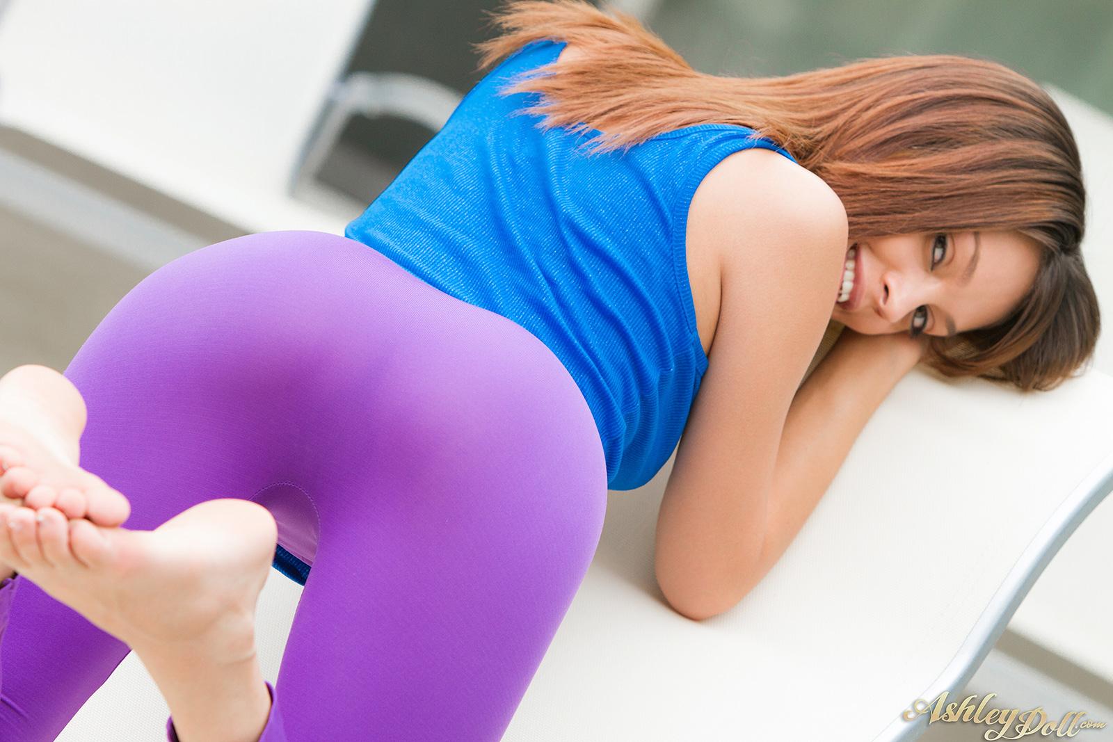 banging hot girls in yoga pants