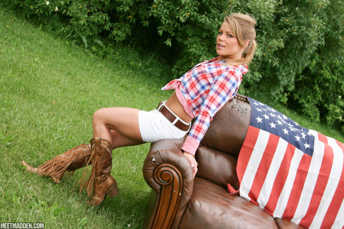 meet_madden_couch_flag_short_shorts_2