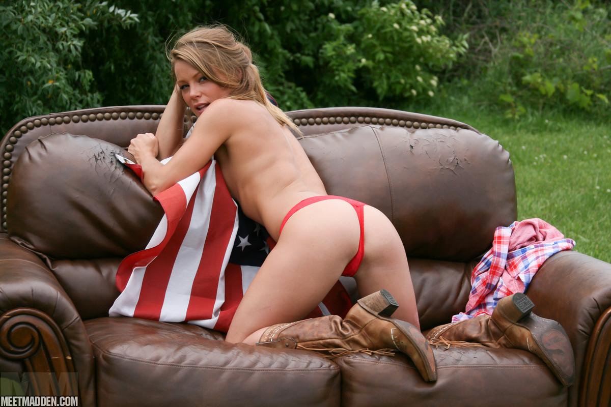 meet_madden_couch_flag_short_shorts_3